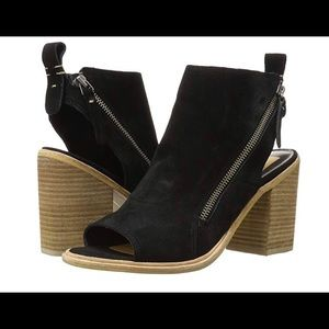 Dolce Vita ankle bootie. Black suede. New. Size 10